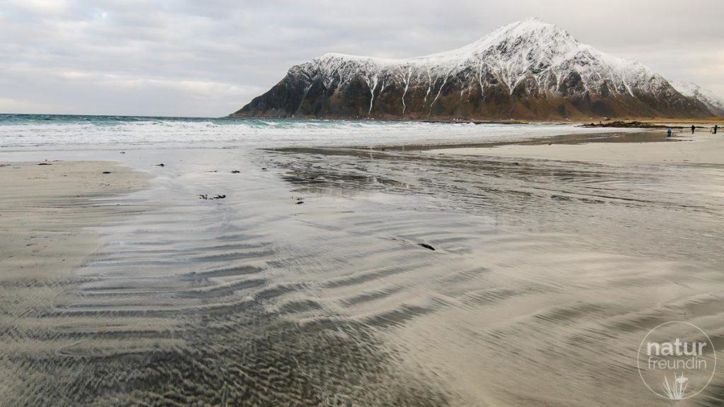 Strand von Flakstad in der Nähe von Leknes, Lofoten