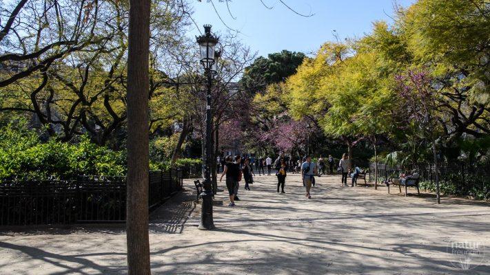 Park bei der Sagrada Familia