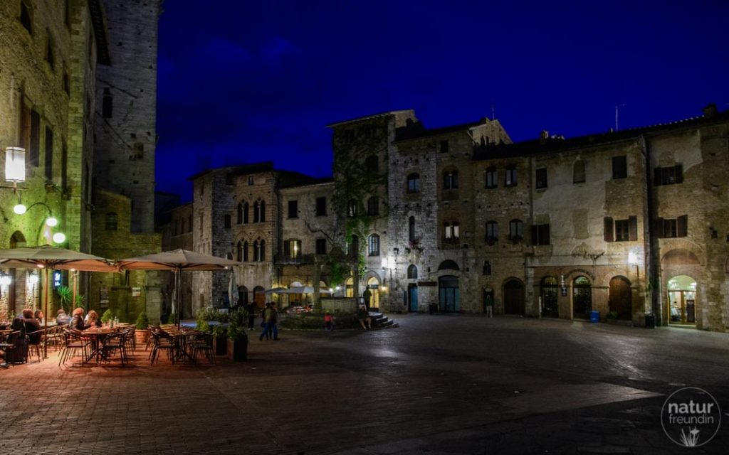 Brunnenplatz San Gimignano